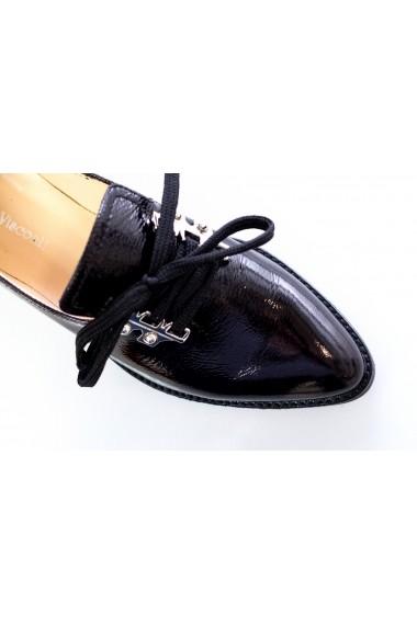 Pantofi Thea Visconti negru-lac cu accesorii metalice