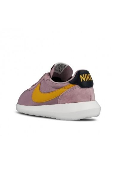 Pantofi sport pentru femei marca Nike 819843 501
