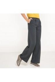 Pantaloni R essentiel 5876931 Gri