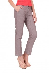 Pantaloni maro de in Be You