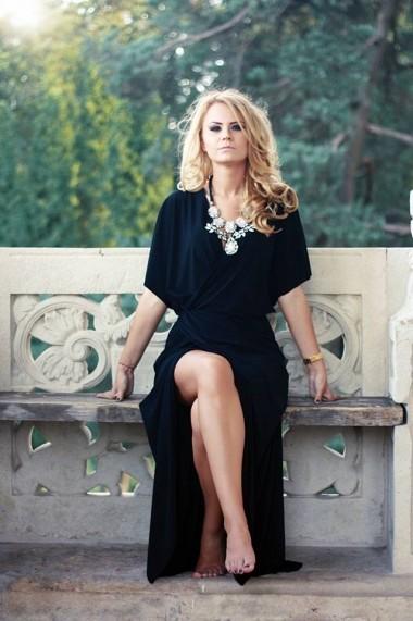 Rochie marca The ITem neagra petrecuta