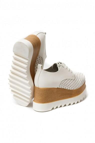 Pantofi Rammi albi cu stelute foarte usori