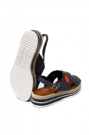 Sandale Rammi usoare cu perne moi pe talpa