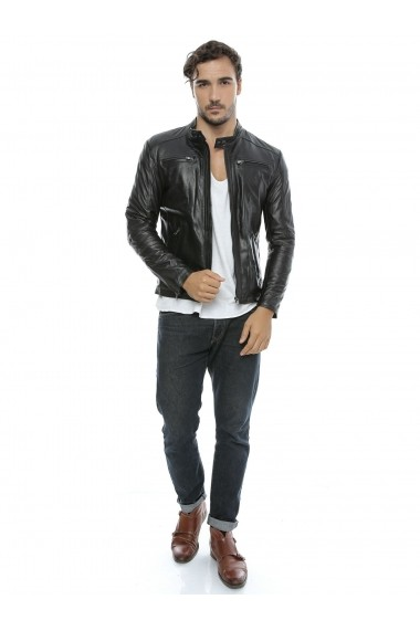 Jacheta din piele L.Y.N.N by Carla Ferreri SS18 LYNN CF O16 Negru