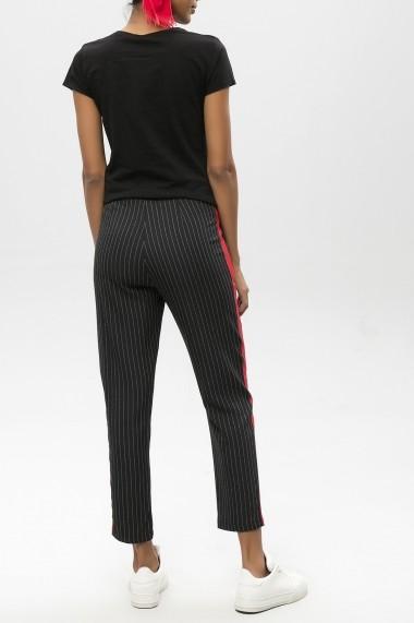 Pantaloni drepti ME YOU 650-2254 001 Negru