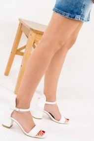 Pantofi cu toc Fox Shoes F283286509 alb