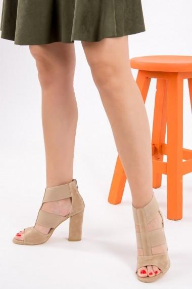 Pantofi cu toc Fox Shoes H283287602 bej