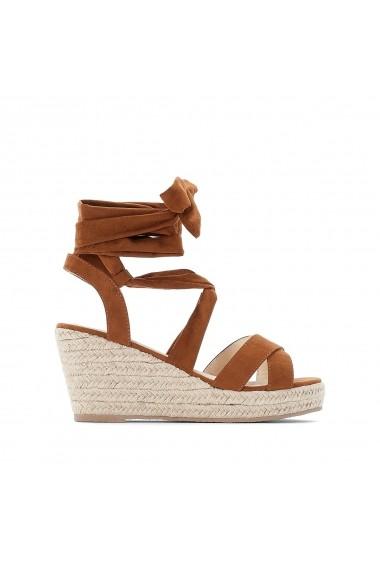 Sandale CASTALUNA GFZ185 maro