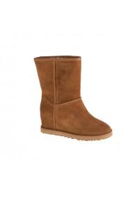 Pantofi sport pentru femei Inny  UGG W Classic Femme Short 1104611-CHE