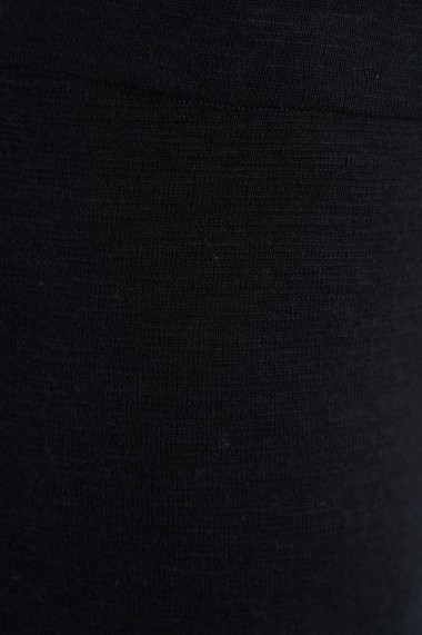 Pantaloni Amavii din tricot cu croi drept Negru