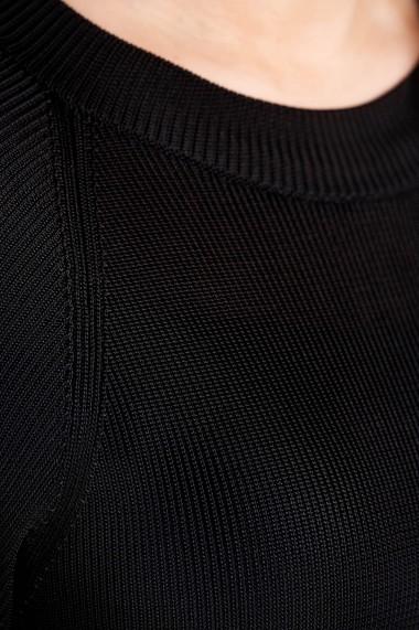 Rochie Amavi tricotata lunga cu croi usor in clos Negru