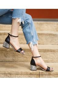 Sandale cu toc gros Bigiottos negri