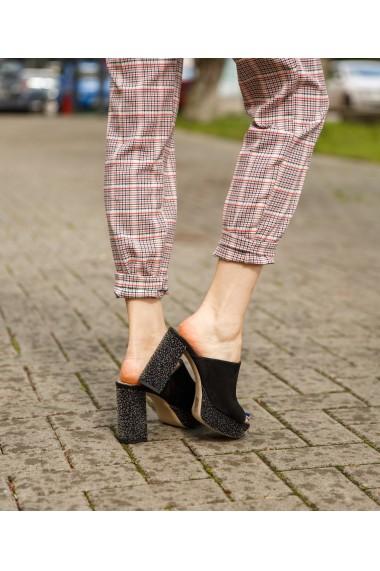 Sandale cu toc gros si platforma Bigiottos negri