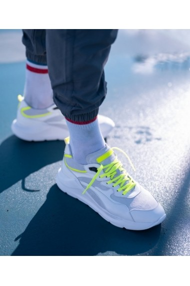 Sneakers Bigiottos din piele naturala alba