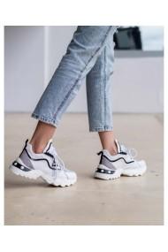 Pantofi sport albi din piele naturala