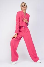 Costum Bluzat sacou cropped si pantaloni cu dunga roz neon