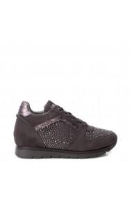 Pantofi sport Xti 48628_GREY