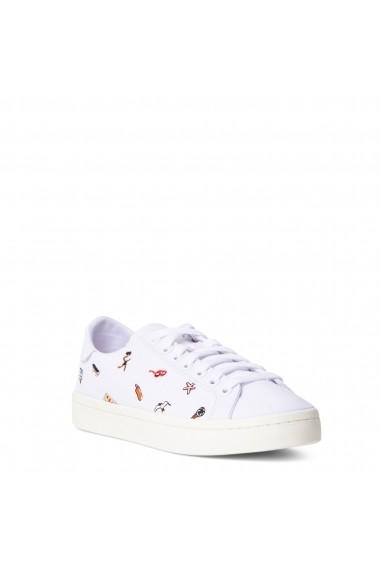 Pantofi sport Adidas BZ0649_COURT_VANTAGE