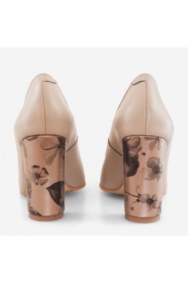 Pantofi cu toc gros Fabiola Dianemarie P131   Camel