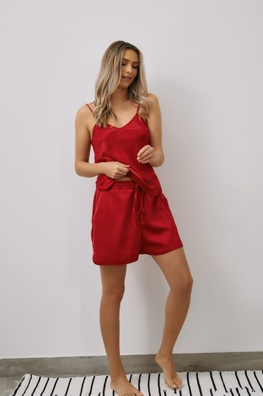 Top EMA T Less is More Rosu din Satin