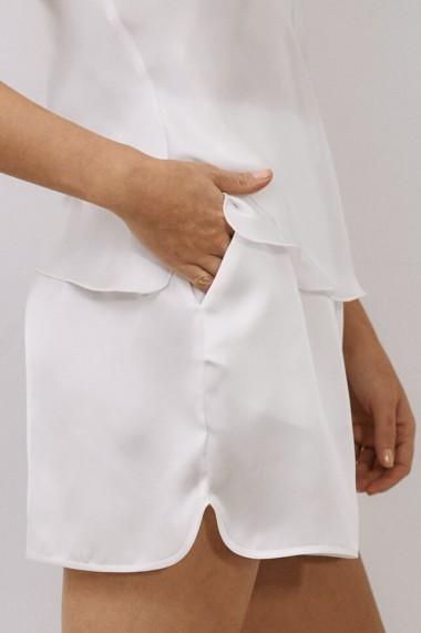 Pantaloni scurti EMA T Less is More Albi din Satin