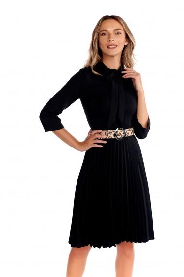 Rochie scurta Fashion Loft, fusta plisata curea in talie neagra