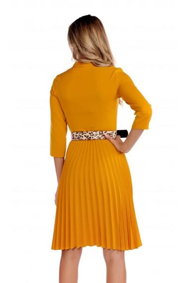 Rochie eleganta Fashion Loft culoarea mustar curea talie fusta plisata