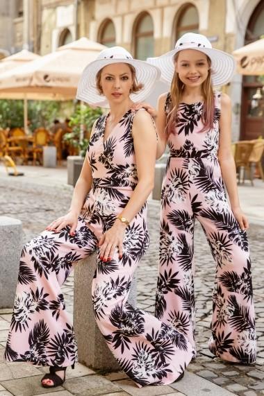 Salopeta femei FamilyFashion Romance roz cu palmieri