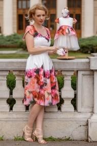 Set rochii botez mama-fiica, FamilyFashion, Flowers, alb cu flori