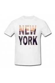 Tricou New York, Text alb
