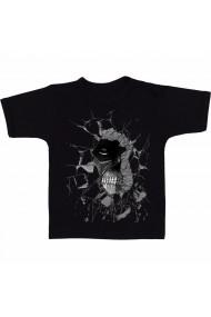 Tricou Titan colosal în perete negru