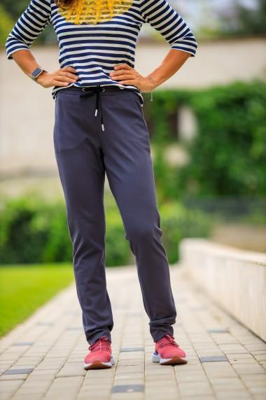 Pantaloni drepti casual cu betelie elastica