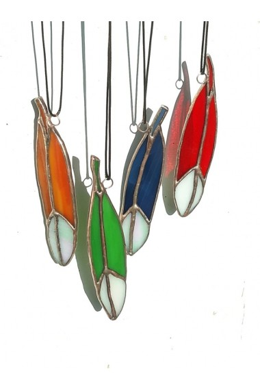 Pandantiv forma pana handmade Opaline Crafts sticla de Vitraliu