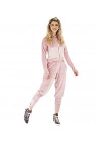 Trening dama sport chic din catifea roz cu gluga