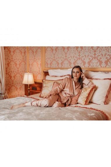 Pijama din matase cu guler sal si cordon