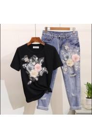 Set dama blugi cu tricou negru cu flori Malvera