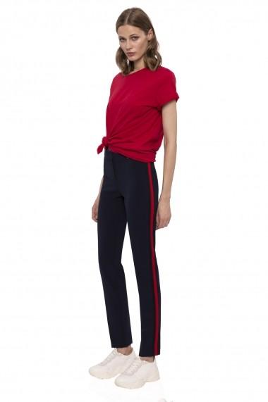 Pantaloni drepti NISSA cu vipusca in contrast Bleumarin