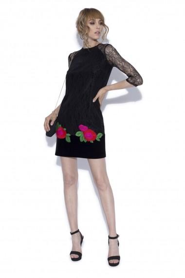 Rochie NISSA mini din dantela si flori aplicate Negru