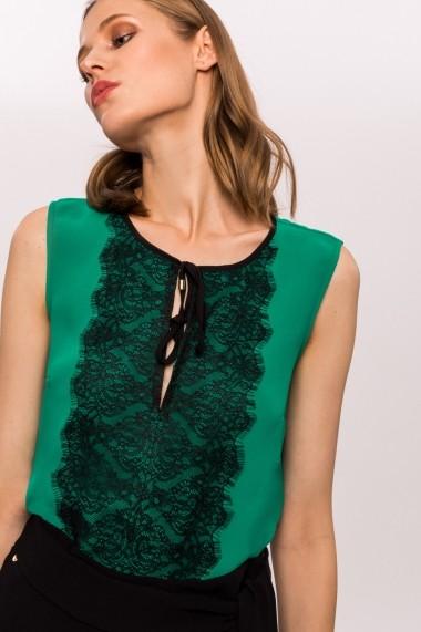 Top NISSA cu dantela in contrast aplicata Verde