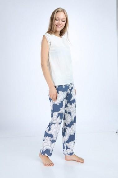 Pijama cu pantaloni lungiaranda cu imprimeu floral