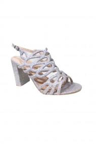 Sandale argintii brodate