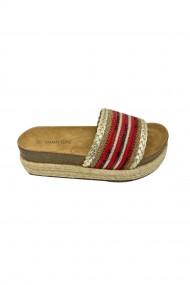 Papuci cu platforma si brant din piele