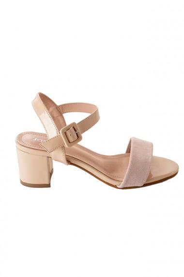 Sandale nude cu toc masiv