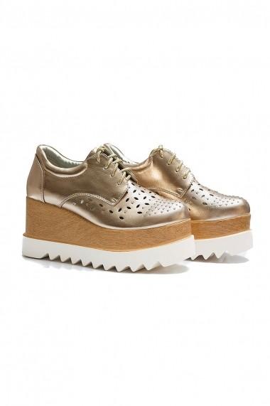 Pantofi Rammi aurii cu inser?ii florale