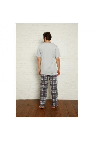 Pijama barbati maneca scurta si pantaloni lungi imprimeu His Only