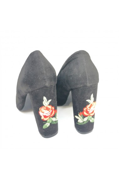 Pantofi stiletto Veronesse cu broderie pe toc, negri