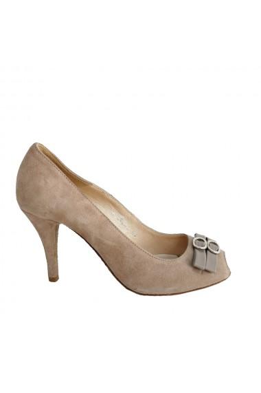 Pantofi decupati in varf Veronesse Filty din piele naturala nude