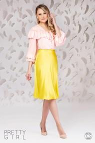 Bluza Pretty Girl cu volanase din voal roz