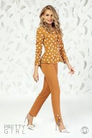 Pantaloni Pretty Girl office camel cu buzunare si nasturi tip perla
