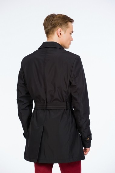 Trench negru marca Be You